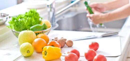 wash-fruits-vegetables